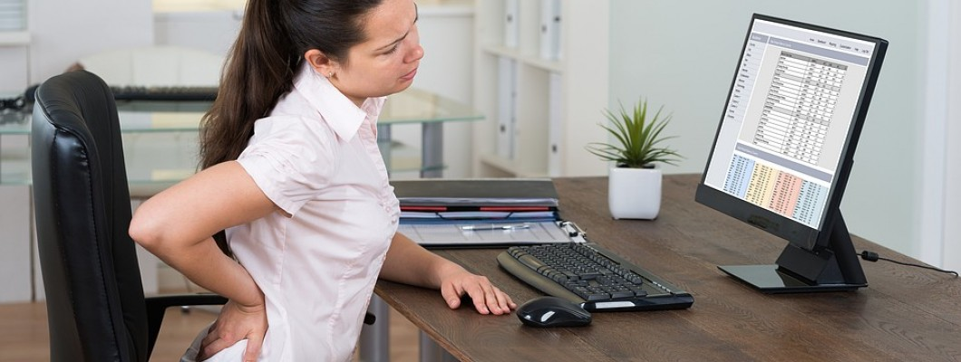 Why the back hurts during sedentary work: the look of a neurosurgeon and a psychologist